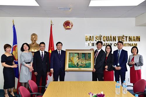 Phó Thủ Tướng Thăm Đại Sứ Quán Việt Nam Tại New Zealand