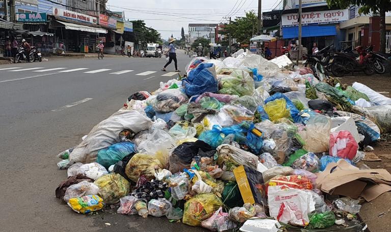 Rác thải nhựa