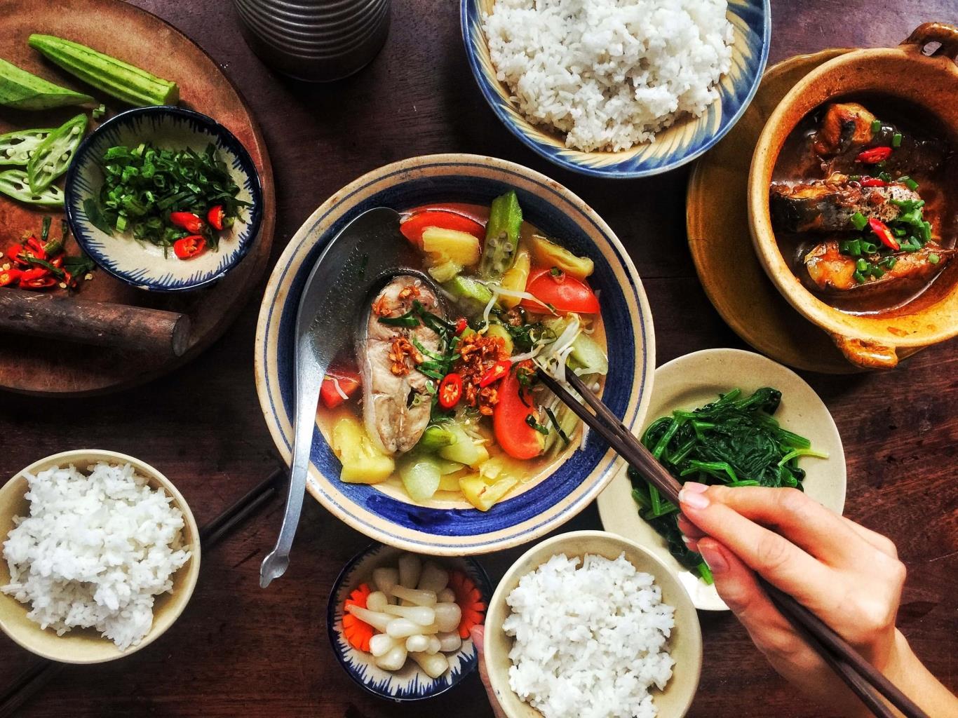 Bữa cơm người Việt - Ảnh: Internet